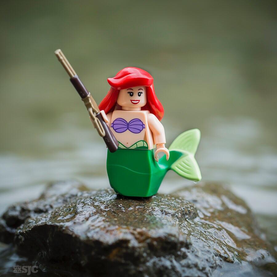 Ariel with shotgun wm