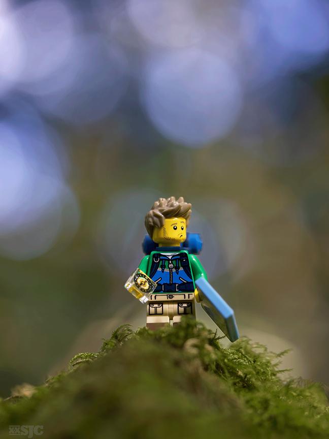 Lost-hiker-legograpy-bokey-xxsjc