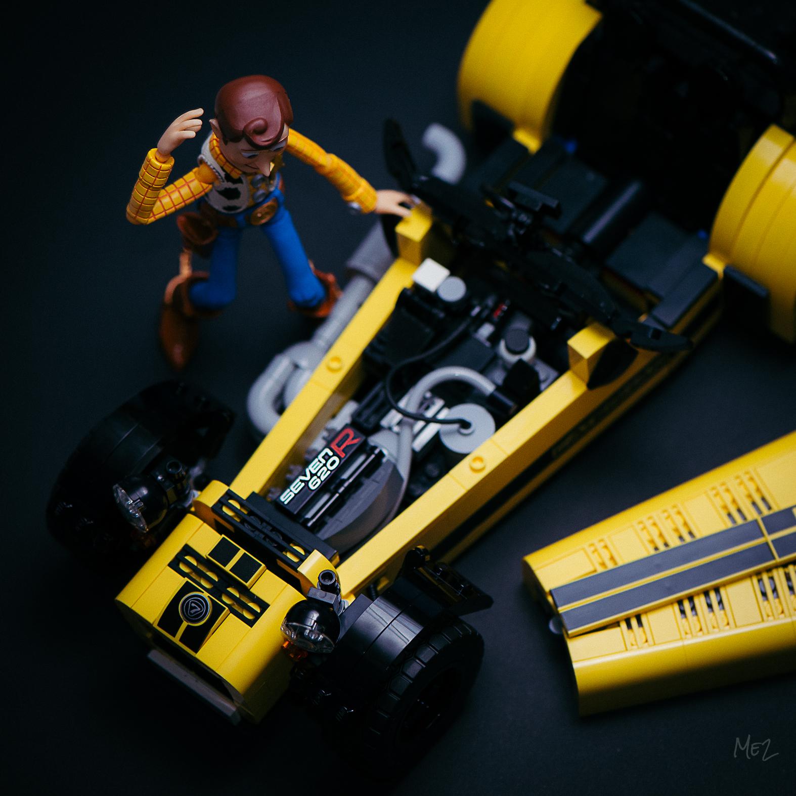 Caterham Seven 620 R - LEGO Edition