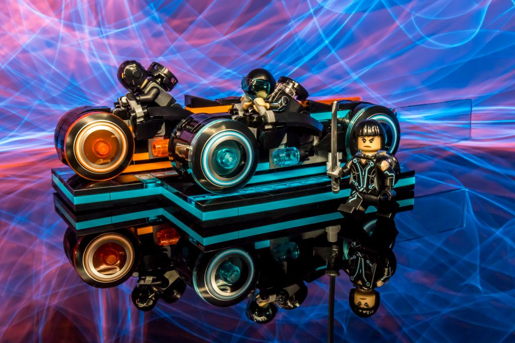 The LEGO Ideas TRON: Legcay set