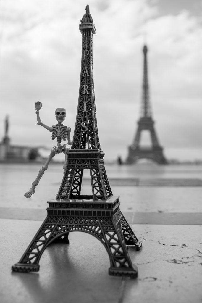 The little world of Paris - by Eatmybones